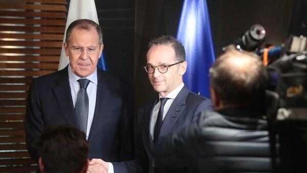 El canciller ruso, Serguéi Lavrov, y el ministro de Exteriores alemán, Heiko Maas - Sputnik Mundo