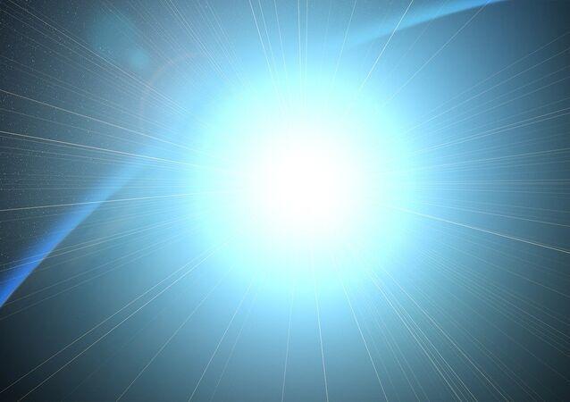 Un ráfaga de luz (imagen referencial)