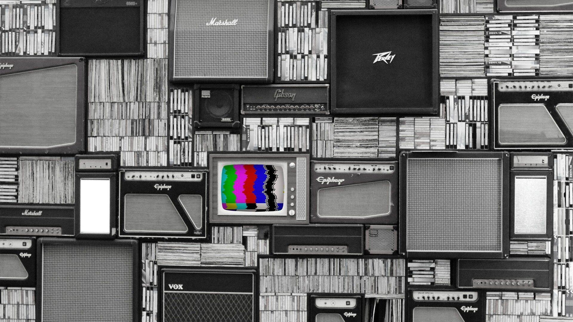 Una televisión de color (imagen referencial) - Sputnik Mundo, 1920, 05.04.2021
