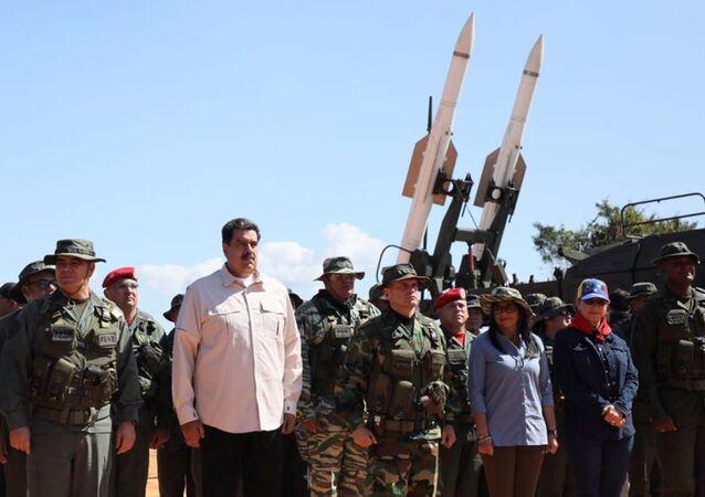 Nicolás Maduro, presidente de Venezuela, durante unos ejercicios militares en Venezuela