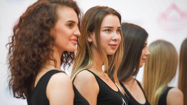 Bellezas de todos los rincones de Rusia compiten por el título Miss Rusia 2019 - Sputnik Mundo