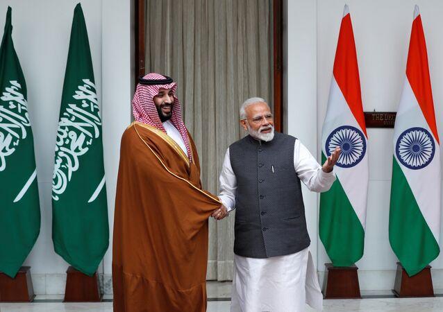 El príncipe heredero de Arabia Saudí, Mohamed bin Salman, y el primer ministro de la India, Narendra Modi