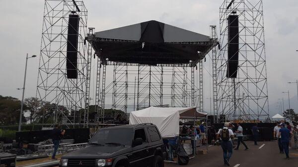 Preparación del concierto Venezuela Live Aid en el puente de Tienditas (Cúcuta, nordeste de Colombia) - Sputnik Mundo