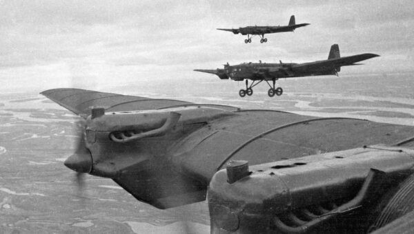 Ejercicios militares: la URSS vs Rusia - Sputnik Mundo
