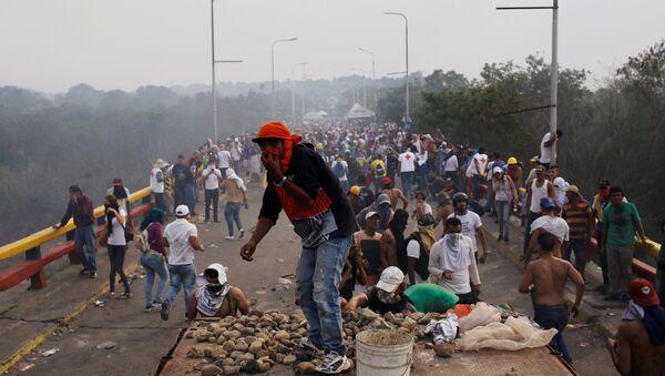 Situación en la frontera entre Venezuela y Colombia - Sputnik Mundo
