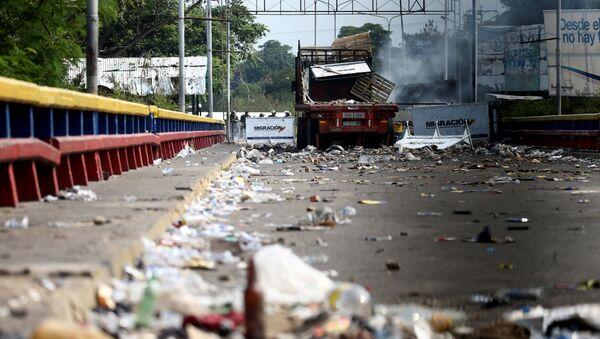 La situación en la frontera entre Venezuela y Colombia (el 24 de febrero) - Sputnik Mundo