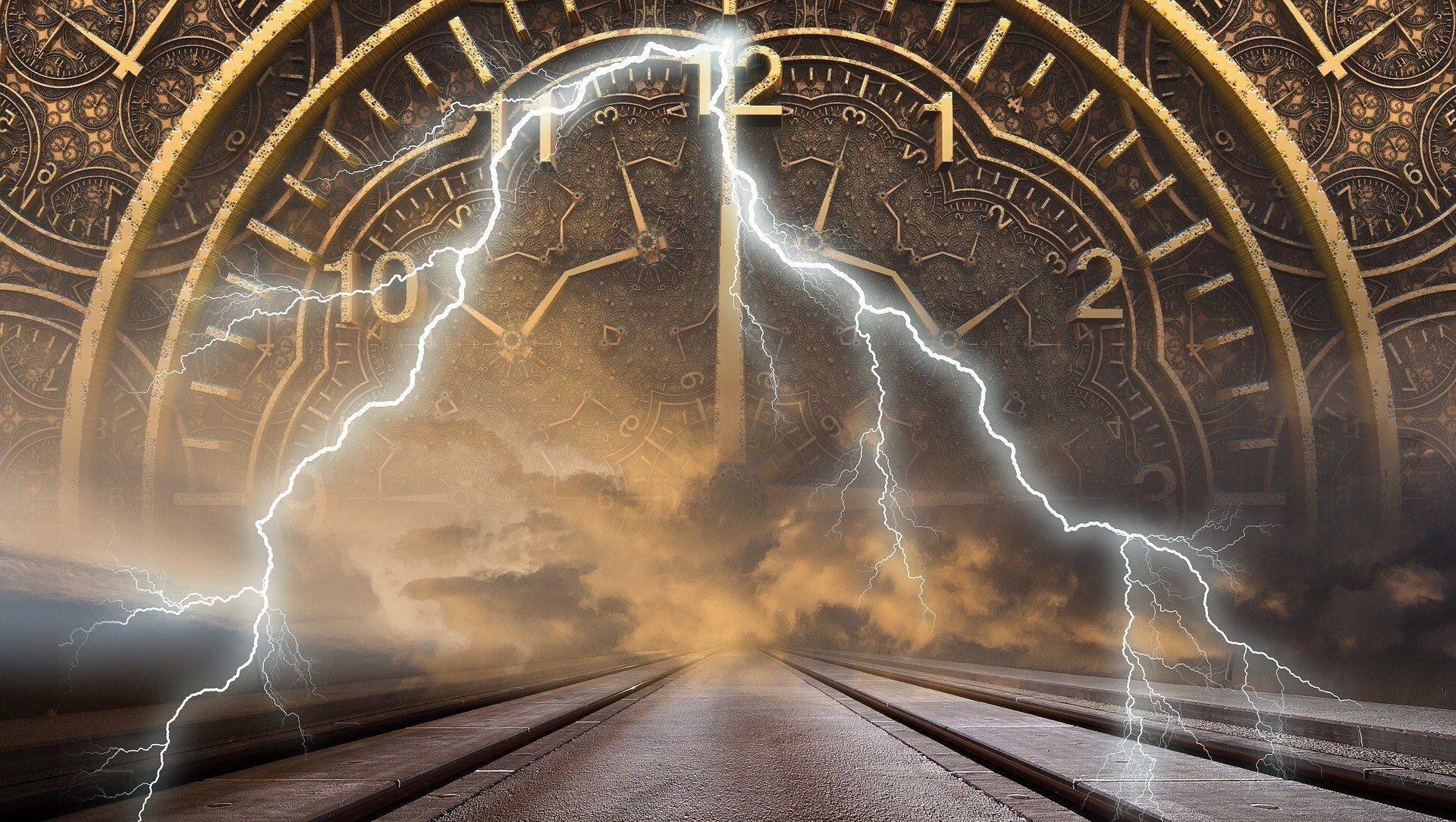Reloj y los relámpagos (imagen referencial) - Sputnik Mundo, 1920, 23.01.2020