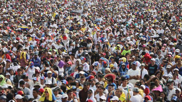 Asistentes al concierto Venezuela Live Aid en Cúcuta - Sputnik Mundo