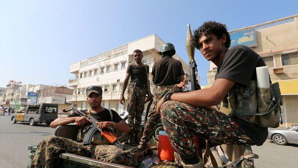 Hitíes en la ciudad de Al Hudaida en Yemen - Sputnik Mundo