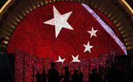 Una pantalla enseña la bandera de China para los visitantes de una exhibición (imagen referencial)