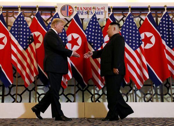 La cumbre entre Donald Trump y Kim Jong-un en Hanói - Sputnik Mundo