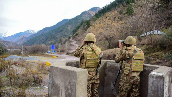 Militares pakistaníes - Sputnik Mundo