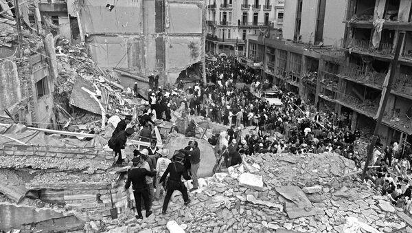 Operaciones de rescate tras el atentado a la AMIA en 1994 - Sputnik Mundo