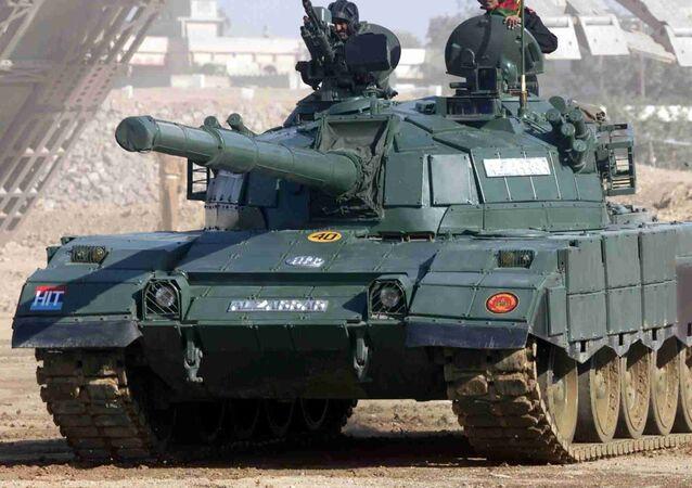 Tanque pakistaní Al-Zarrar