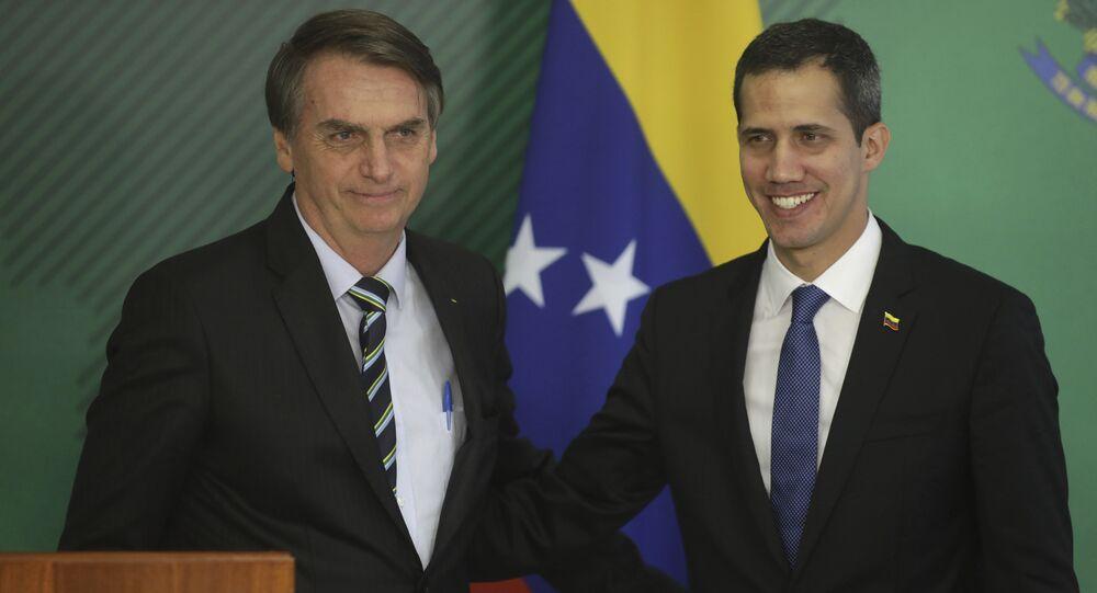 El presidente de Brasil, Jair Bolsonaro, y el autoproclamado presidente encargado de Venezuela, Juan Guaidó