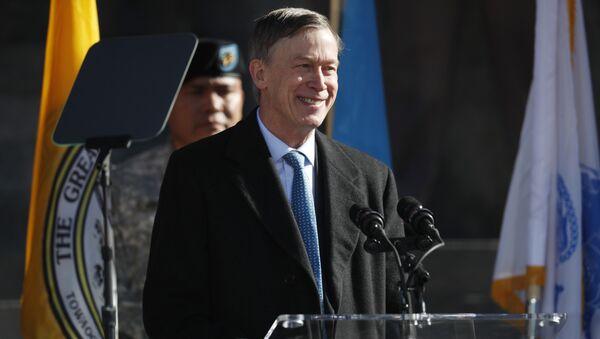 John Hickenlooper, exgobernador del estado norteamericano de Colorado - Sputnik Mundo