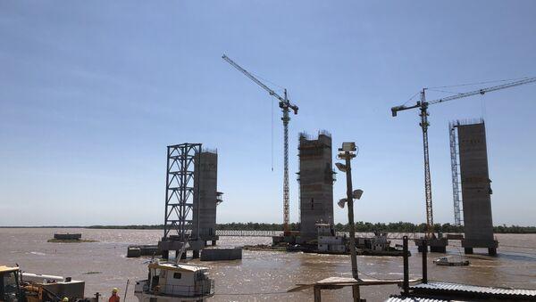 Instalaciones de procesamiento de soja en una terminal portuaria del Gran Rosario, Argentina - Sputnik Mundo