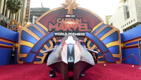 La alfombra roja en el estreno mundial de Capitana Marvel - Sputnik Mundo