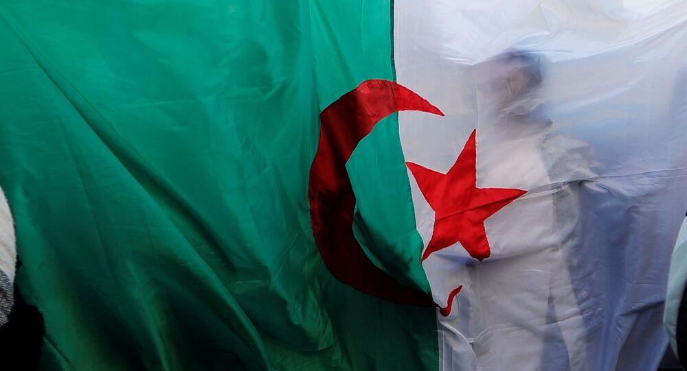 Bandera de Argelia (archivo)