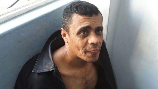 Adélio Bispo de Oliveira, el hombre que apuñaló a Jair Bolsonaro - Sputnik Mundo