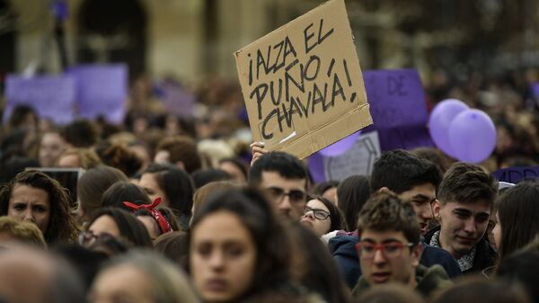 Marcha feminista del Día Internacional de la Mujer en España - Sputnik Mundo