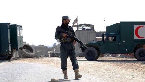 Policía en el lugar del ataque en Jalalabad, Afganistán - Sputnik Mundo
