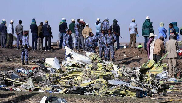 El lugar del siniestro del Boeing 737 en Etiopía - Sputnik Mundo