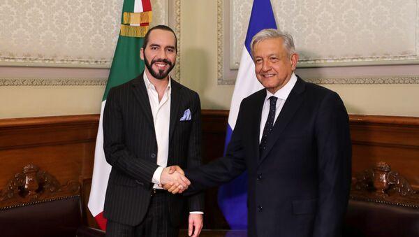 El presidente de México, Andrés Manuel López Obrador se reunió en Palacio Nacional con el presidente electo de El Salvador, Nayib Bukele, el 12 de marzo de 2019 - Sputnik Mundo