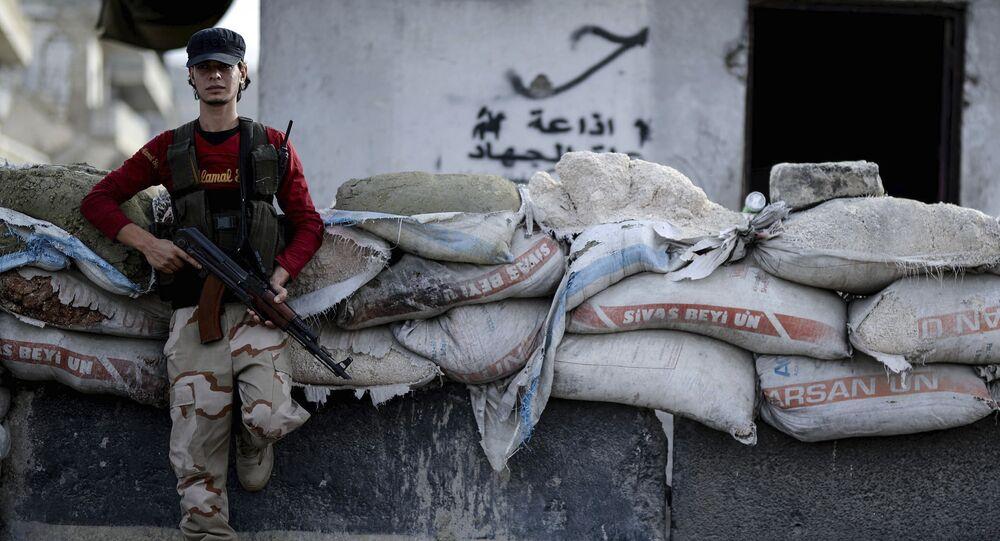 Insurgente sirio (archivo)