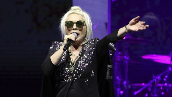 Debbie Harry, vocal de Blondie - Sputnik Mundo