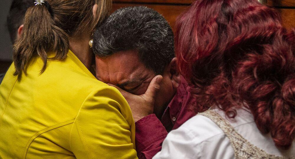 José Benítez durante la disculpa pública por la desaparición forzada de cinco jóvenes en Tierra Blanca, Veracruz, en 2016.
