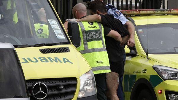 Policía y ambulancia en el lugar del tiroteo en una mezquita de Nueva Zelanda - Sputnik Mundo