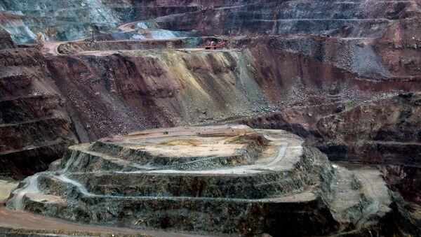 Vista de la mina de oro canadiense Goldcorp en el complejo Los Filos en Carrizalillo, Estado de Guerrero, México - Sputnik Mundo