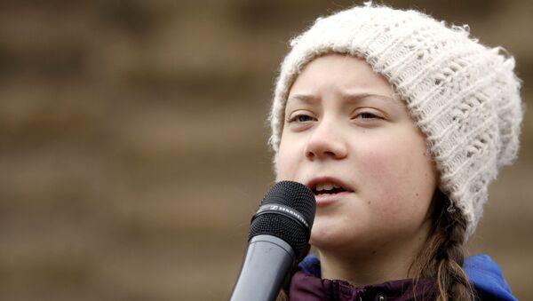 La activista medioambiental sueca de 16 años Greta Thunberg - Sputnik Mundo