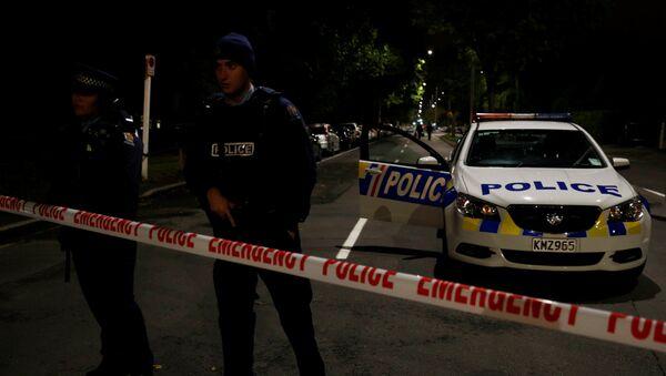Policía en el lugar del tiroteo en una mezquita de Nueva Zelanda - Sputnik Mundo