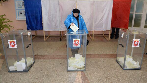 El referéndum sobre el estatus de Crimea en 2014 - Sputnik Mundo