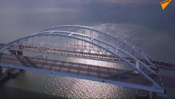 Así avanza la construcción del puente de Crimea - Sputnik Mundo