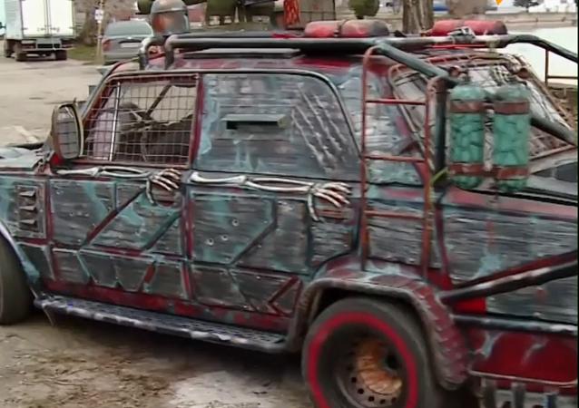 Vídeo: 'Mad Max' sale a las calles rusas