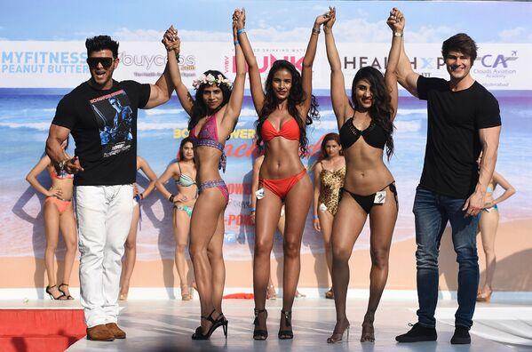 Las playas de Goa se inundan de nalgas y abdominales - Sputnik Mundo