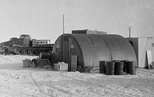 La estación Vostok en 1964 en la Antártida - Sputnik Mundo