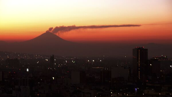 El volcan Popocatépetl - Sputnik Mundo