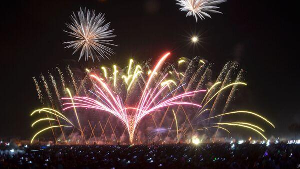 Los fuegos artificiales de Tultepec, México - Sputnik Mundo
