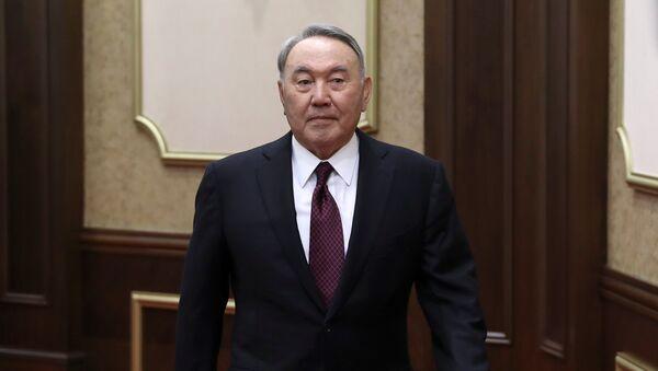 Nursultán Nazarbáyev, expresidente de Kazajistán - Sputnik Mundo