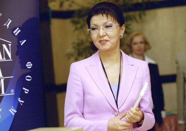 Dariga Nazarbáyeva, la hija mayor de Nursultán Nazarbáyev (archivo)