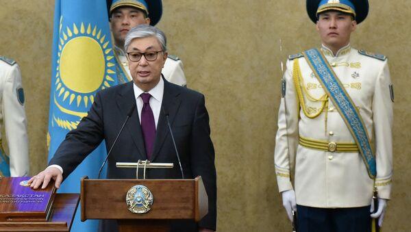 Kasim-Zhomat Tokáev, durante la toma de posesión como presidente interino de Kazajistán - Sputnik Mundo