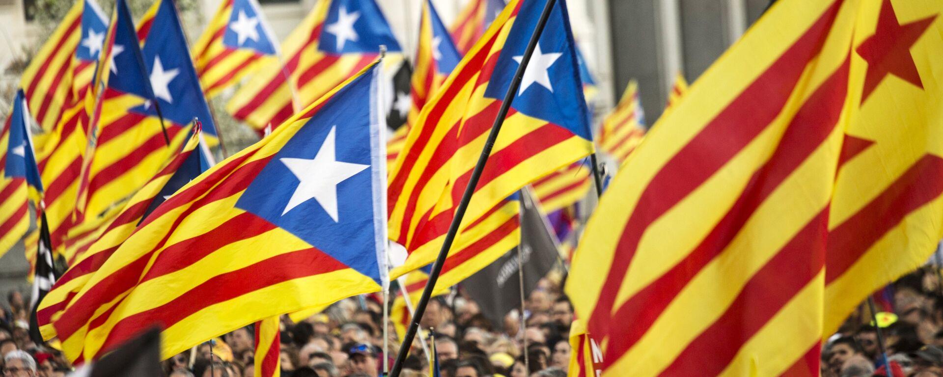 Una protesta a favor de independencia de Cataluña - Sputnik Mundo, 1920, 17.05.2021