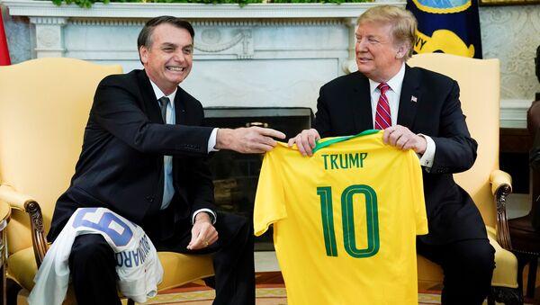 Presidente de Brasil, Jair Bolsonaro, y presidente de EEUU, Donald Trump - Sputnik Mundo
