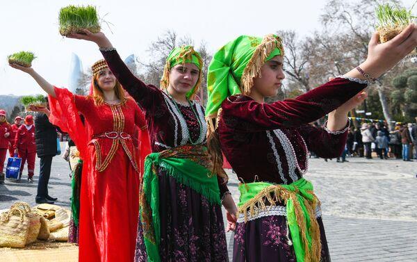 La celebración de 'Novruz' en Azerbaiyán - Sputnik Mundo