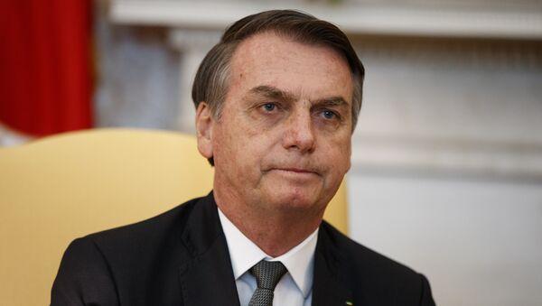 El presidente de Brasil, Jair Bolsonaro, en la oficina oval de la Casa Blanca en Washington - Sputnik Mundo