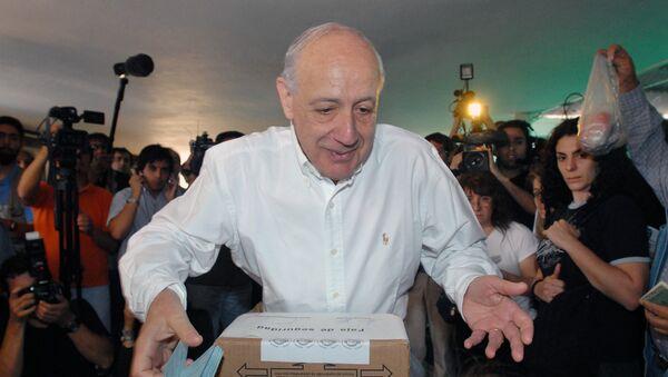 Roberto Lavagna, posible precandidato presidencial de Argentina. - Sputnik Mundo